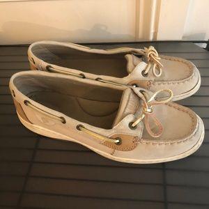 Sperry Women's Angelfish Boat Shoe in Oat Gold